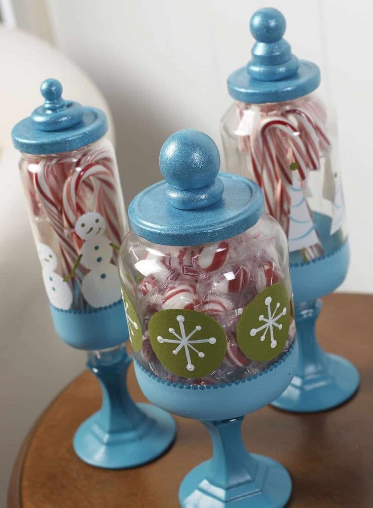 Christmas Apothecary Jars by DIY Candy