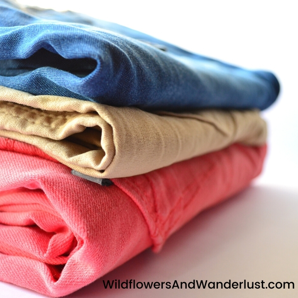 When I start arranging my capsule I like to do bottoms first  WildflowersAndWanderlust.com