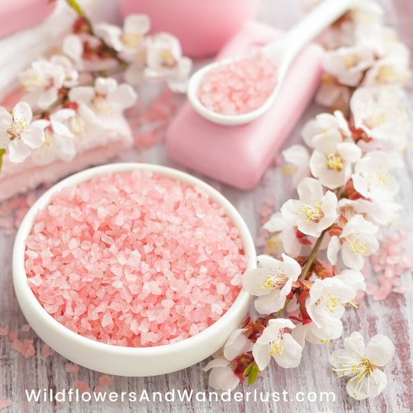 Using pink himalayan salt in your bath promotes relaxation and healing WildflowersAndWanderlust.com