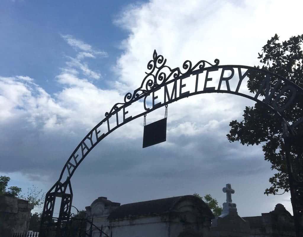 Lafayette Cemetery | Best of New Orleans | WildflowersandWanderlust.com