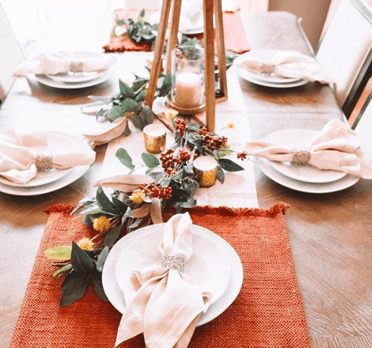 Use cloth napkins as an accent for your holiday table  WildflowersAndWanderlust.com