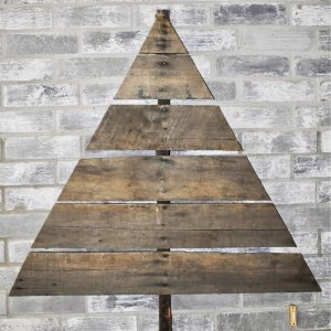 Pallet Wood Christmas Tree Project - WildflowersAndWanderlust.com