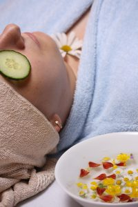 Cucumbers are a great for the skin around your eyes and to put in moisturizing face masks | All Natural Moisturizers | WildflowersAndWanderlust.com