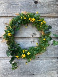 Make a Beautiful Living Floral Wreath today following our easy steps | WildflowersAndWanderlust.com