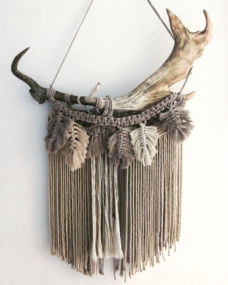 Antler and Macrame Wall Hanging for Decoration | WildflowersAndWanderlust.com
