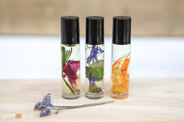 Roller Ball perfume made from essential oils is a great craft that you can make and sell for a profit WildflowersAndWanderlust.com