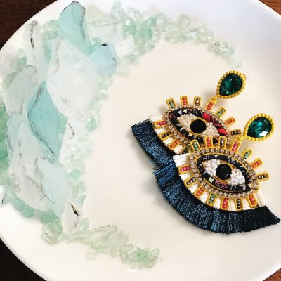 How to Create Your Own Faux Crystal Jewelry Dish