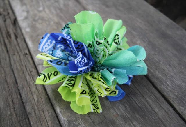 Super cute flower bandana craft by Please Note Paper